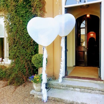 giant love heart balloons