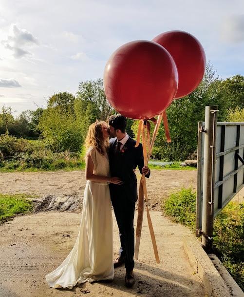 Giant Balloons, Balloons