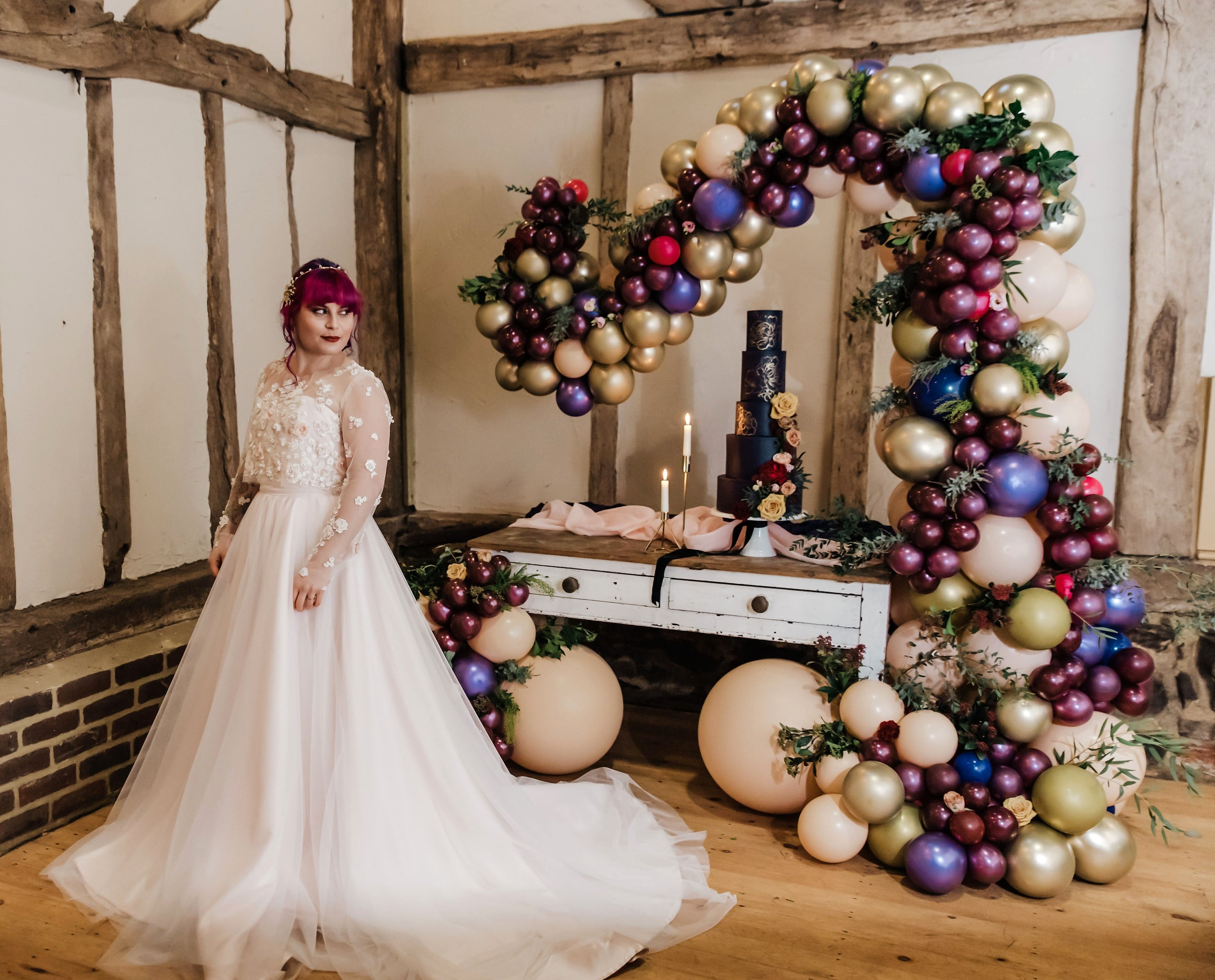 Wedding Balloons, Balloon Decorator in Kent, Balloon Stylist in Kent