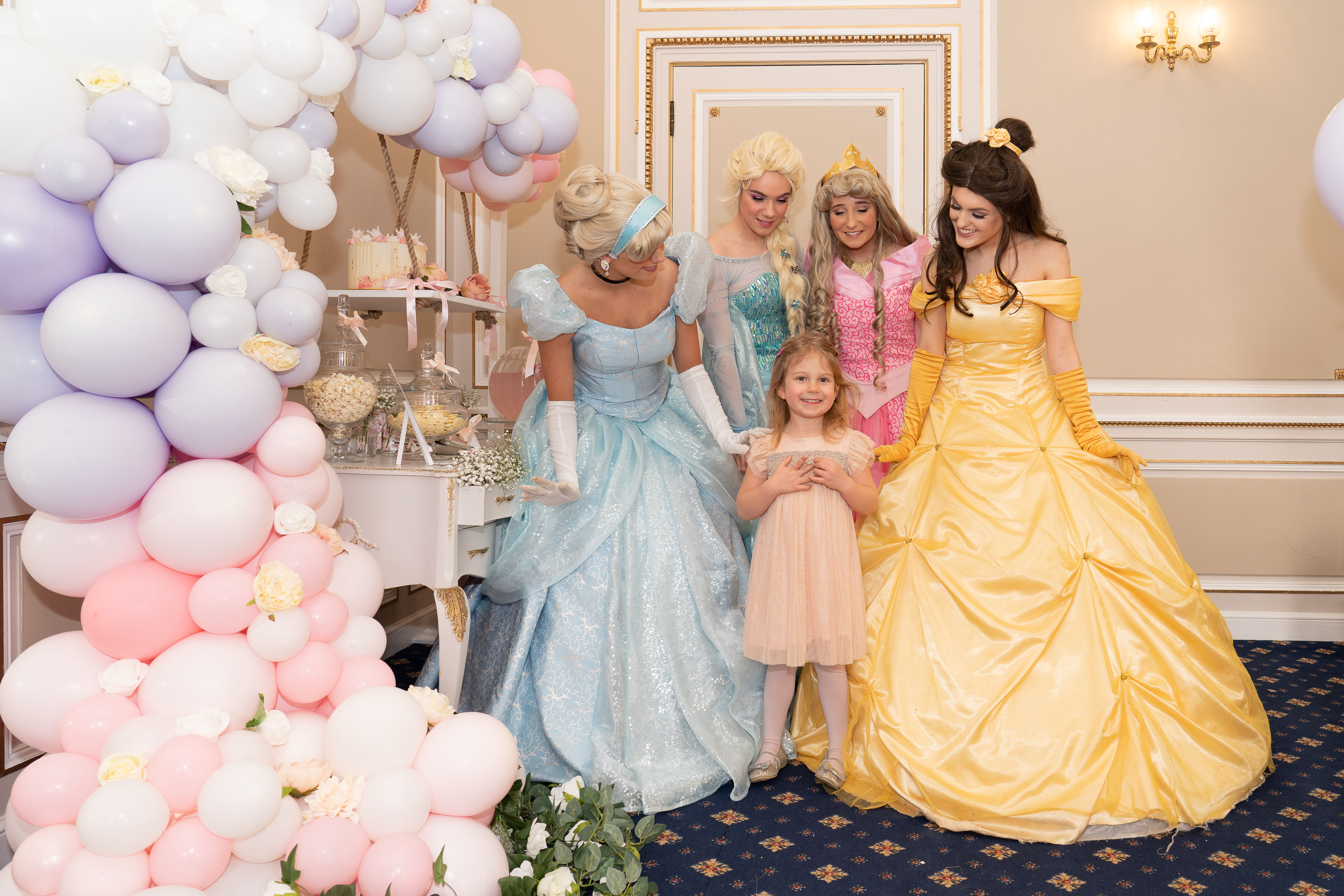 Princess Party, Princess Balloons, Princess, Balloons in Kent, Kent Balloonist